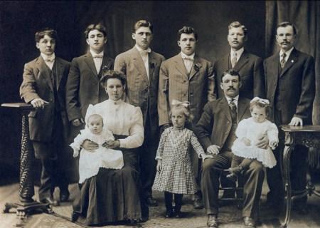 john-brayer-sr-family-calumet-72d1.jpg