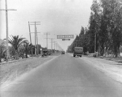 sierra at foothill 1923.jpg