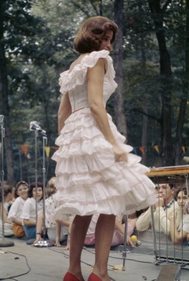 June Carter on stage.jpg